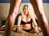 Corona, social distancing und erotische Experimente